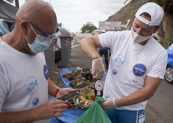 Limpieza de playa en Tenerife